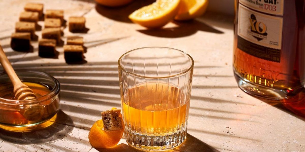 Mount Gay-Photo-MOUNT GAY - HONEY OLD FASHIONED WINTER - close-up-OS