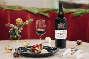 Taylor's Late Bottled Vintage (LBV) 2015 - Christmas and chocolate dessert